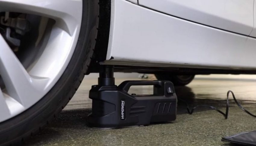 How to use the Deltran Portable 12v car jack